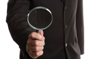 private investigator magnifying glass