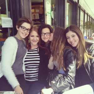 Four-Italian-girls-and-their-mother