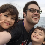 Freelance-journalist-Scott-McIntyre-with-his-two-children-in-Japan